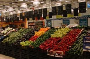 مزارعو إسبانيا يشنون حربا ضد الصادرات الفلاحية المغربية