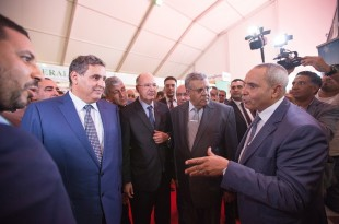 Monsieur Aziz Akhannouch, Ministre de l'Agriculture, en compagnie de monsieur Lahbib Bentaleb président de la Chambre d'Agriculture de Marrakech et Des Chambres Agricoles du Maroc - Photo:DR