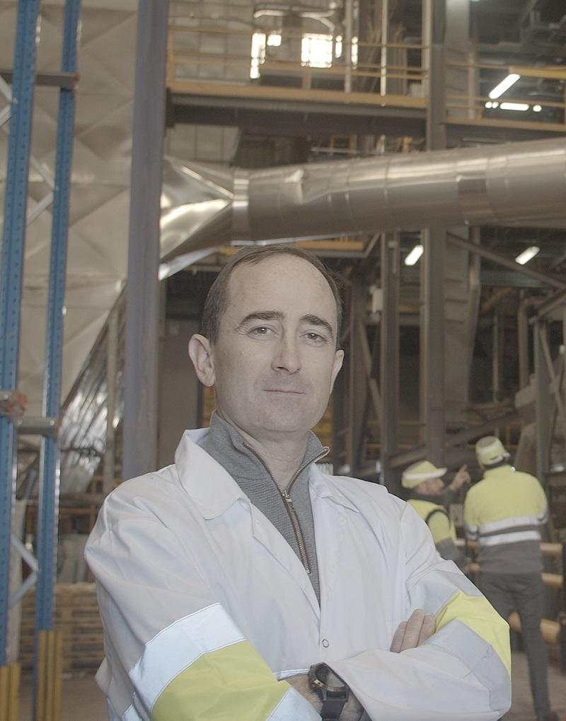 M. Pablo Montañés à l'usine de SIPCAM à Sueca (Espagne)