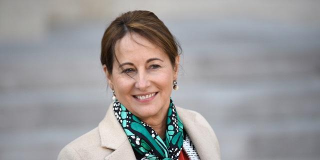 La ministre française de l'écologie, Ségolène Royal demande le retrait des autorisations de mise sur le marché des herbicides contenant du glyphosate mélangé à des adjuvants à base d'amines grasses