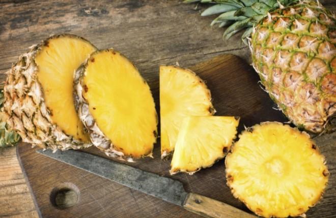 La majorit des gens ne savent pas comment poussent ces 5 fruits - Comment pousse les kiwi ...