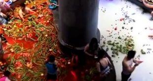 Vidéo insolite un spa chinois offre un bain aux piments et aux légumes à ses clients