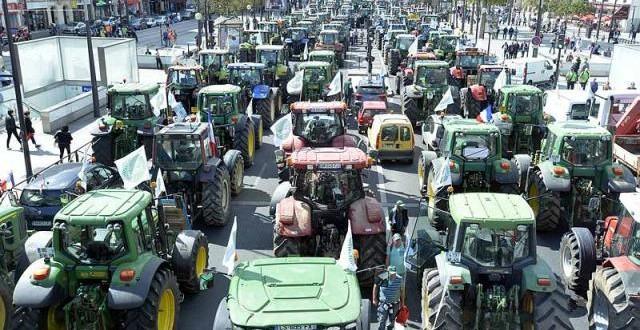 France : une série de mesures pour sortir de la crise agricole