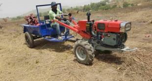 Hello Tractor: location de tracteurs intelligents!