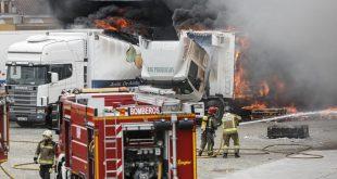 Espagne : Un incendie détruit un entrepôt de fruits et légumes à Cadix