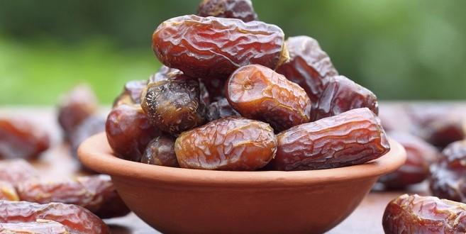 Le marché de la datte pendant le ramadan