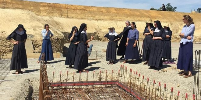 Insolite: En France, des soeurs lèvent 4 millions d'euros pour leur ferme Bio